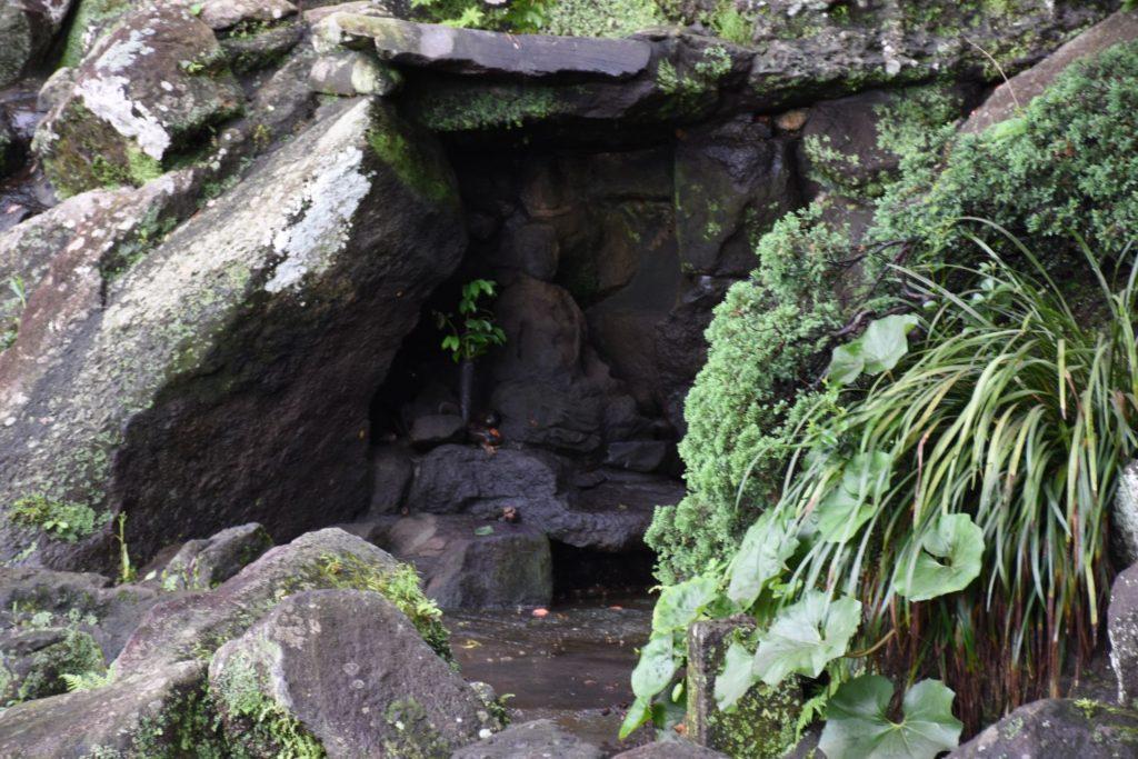 龍門窟の像